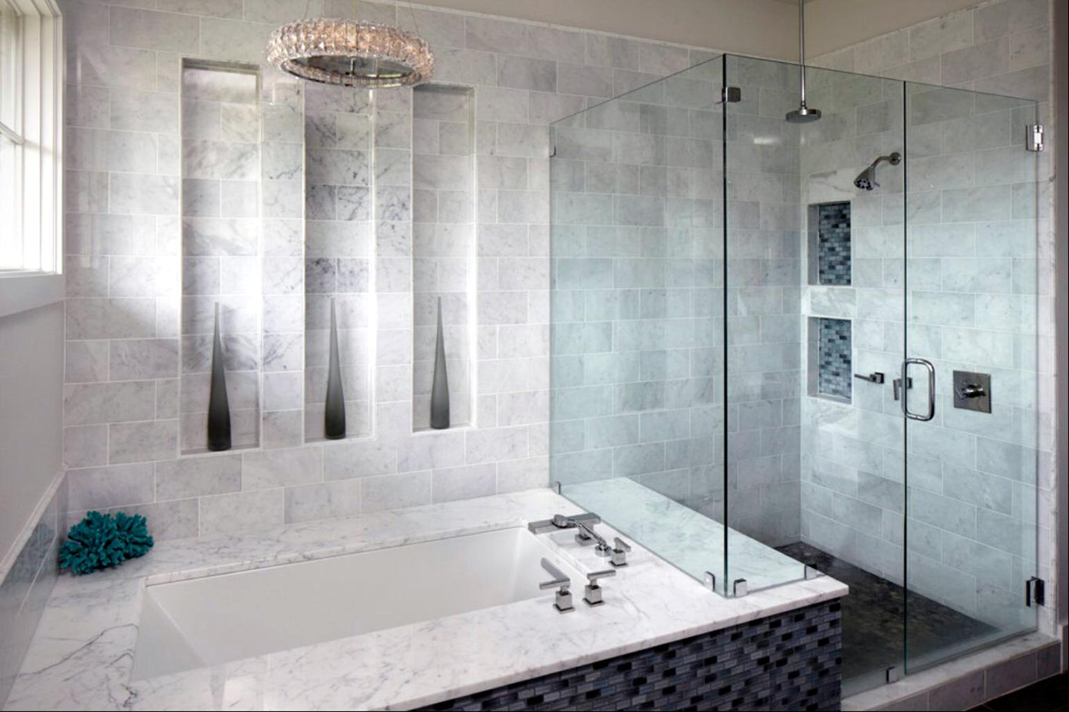 Скляна душова у ванну